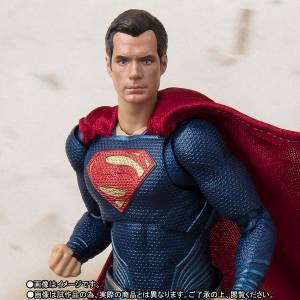 JUSTICE LEAGUE - Superman Limited Edition [SH Figuarts]